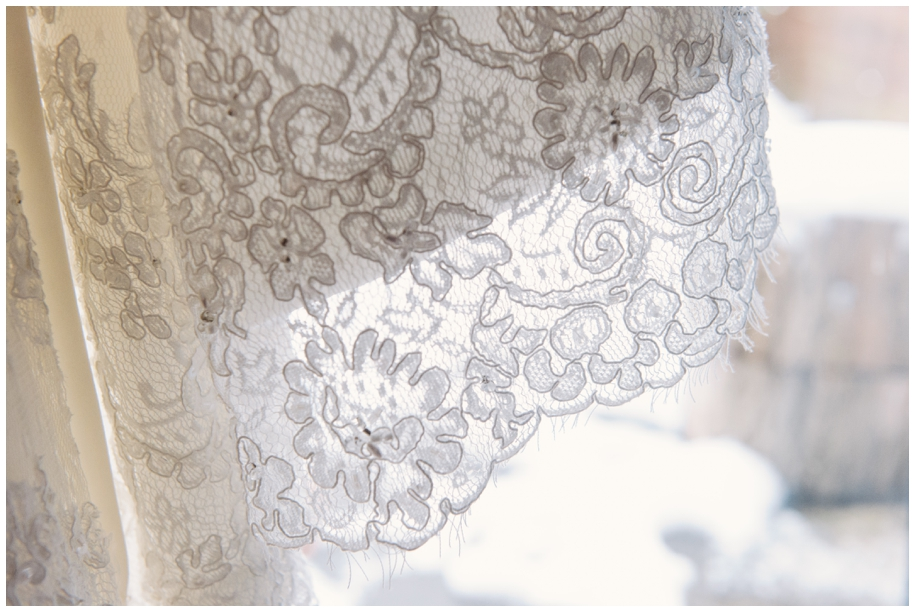 lace details on wedding dress