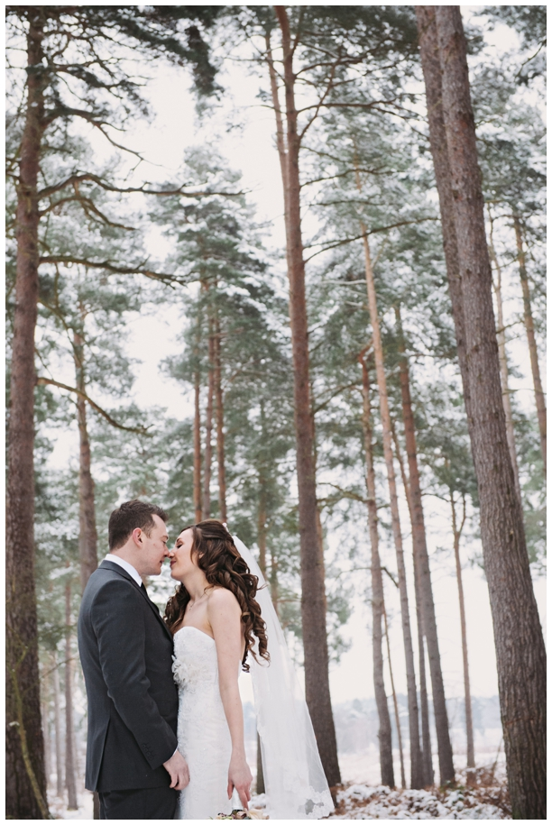 winter weddings in the snow