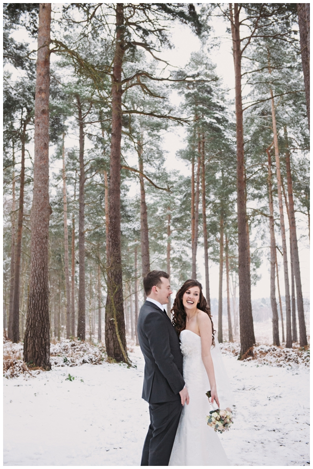 What to do if it snows on your wedding day