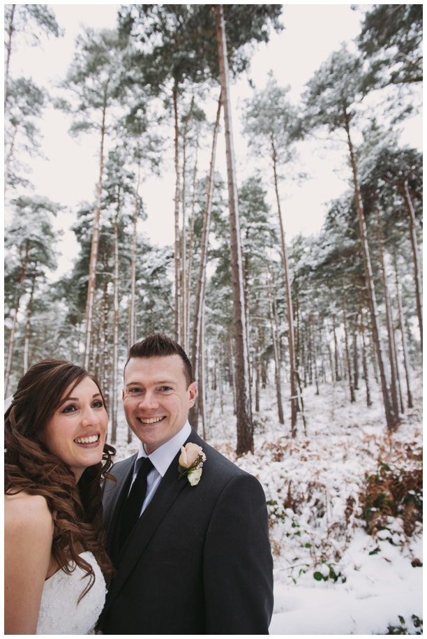 couples photography at winter weddings