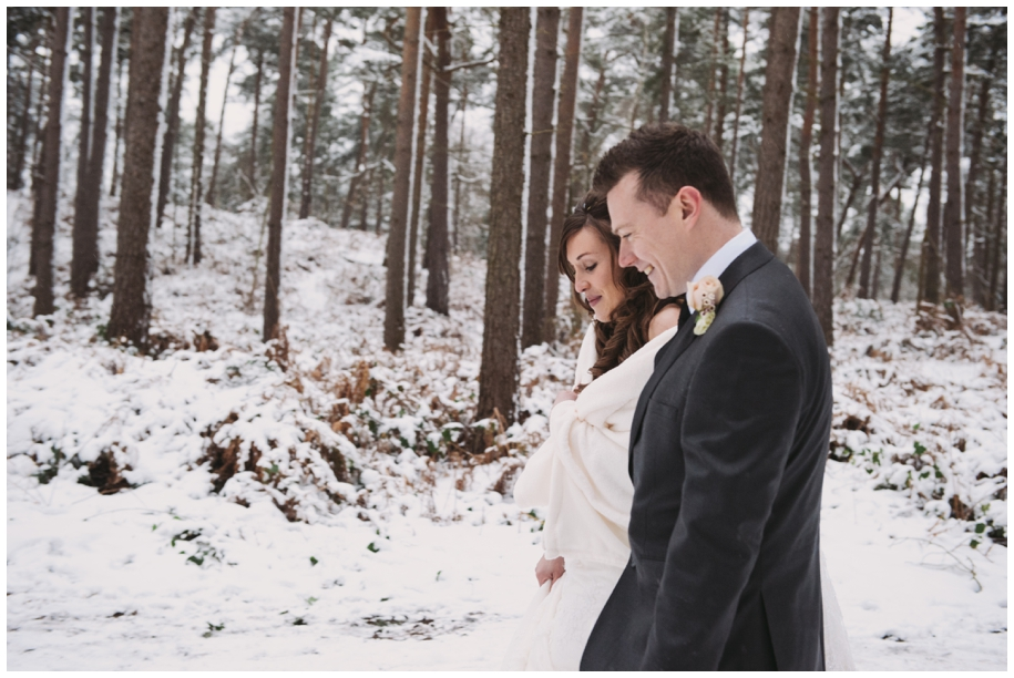 photography at winter weddings