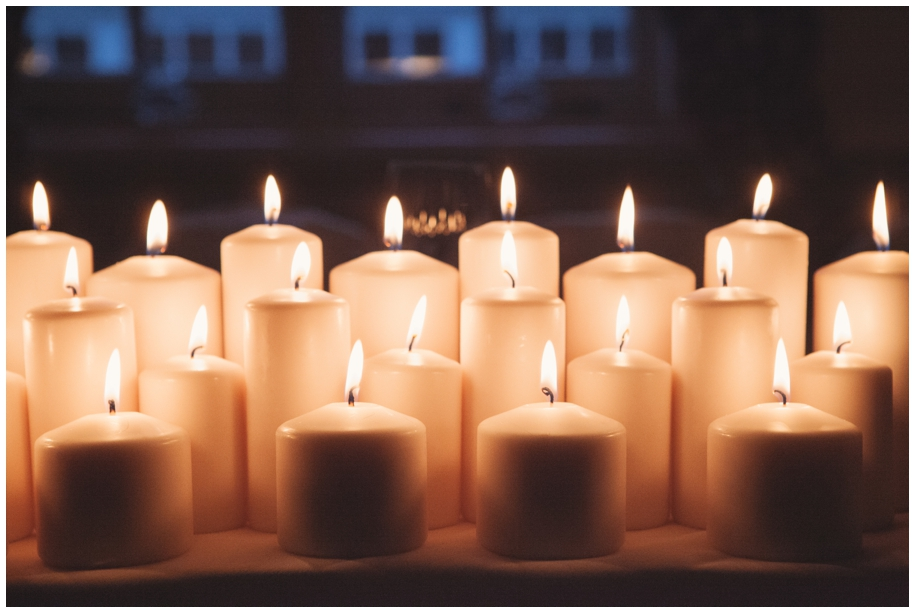 candles at winter weddings